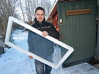 – Fönstren är tillverkade med hjälp av ritningar från Logosol, berättar David Torstensson.